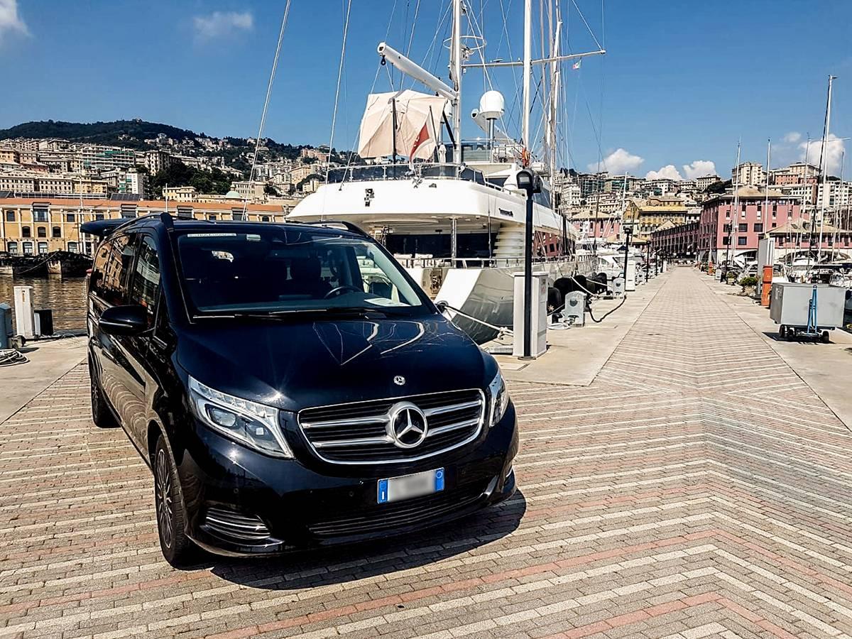 2020 vito mercedes lanterna limo service private taxi ncc genova milano france