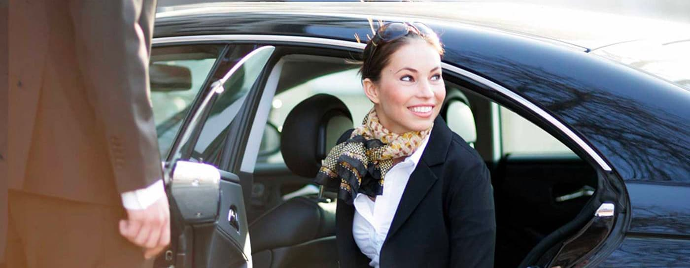 lanterna limousine service coronavirus emergency private taxi rental
