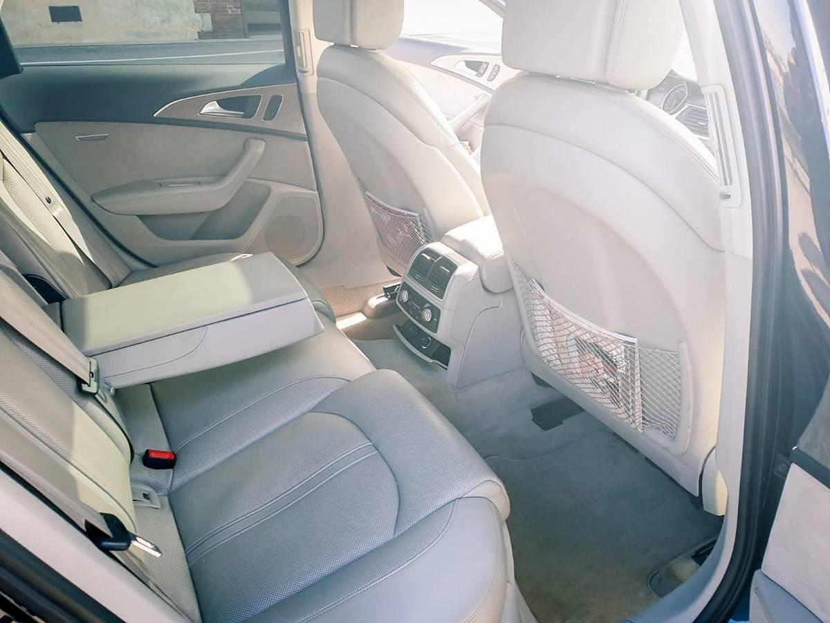 2020 audi a6 lanterna limo service private taxi ncc genova milano france